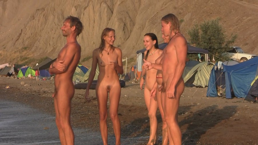Nudism and Naturism Video and Photo Purenudism family