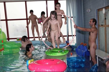 Naturist Swim Day (family nudism, young naturism, naked boys, naked girls)