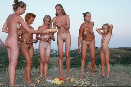 After Dark 3 (family nudism, family naturism, young naturism, naked girls)