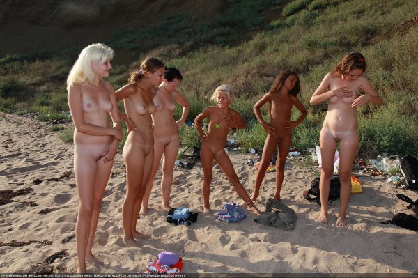 Till The Dusk (family nudism, family naturism, young naturism, naked boys, naked girls)