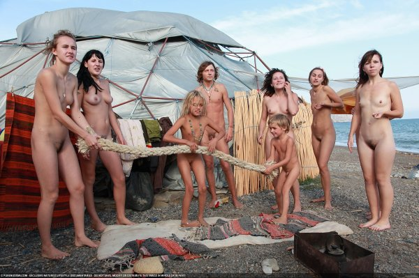 The Hut-3 (family nudism, family naturism, young naturism, naked boys, naked girls)