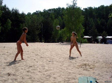 Girls nudists