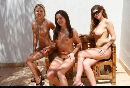 Free people 6 (naked girls in Egypt)