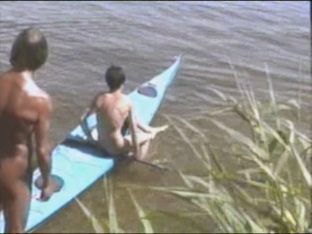 Kosovo 02, asylum seekers (family nudism, young naturism,  naked boys, naked girls)