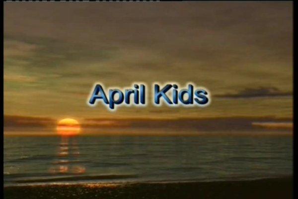 April Kids - Pojkart  (family nudism, family naturism, young naturism, naked boys, naked girls)