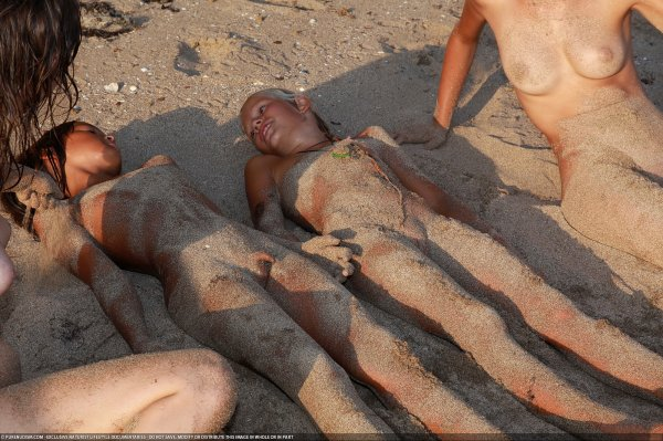 Till The Dusk 3 (family nudism, family naturism, young naturism, naked boys, naked girls)