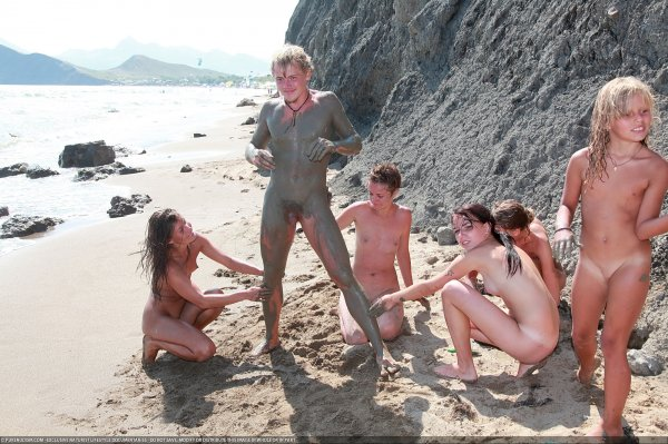 Day Of The Mud 5 (family nudism, family naturism, young naturism, naked boys, naked girls)