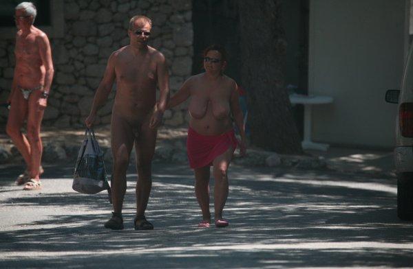Family nudism FKK Club House