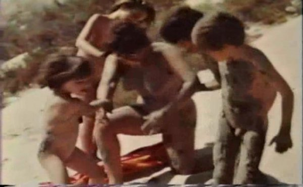 The Simple Pleasures (family nudism, family naturism, young naturism, naked boys, naked girls)