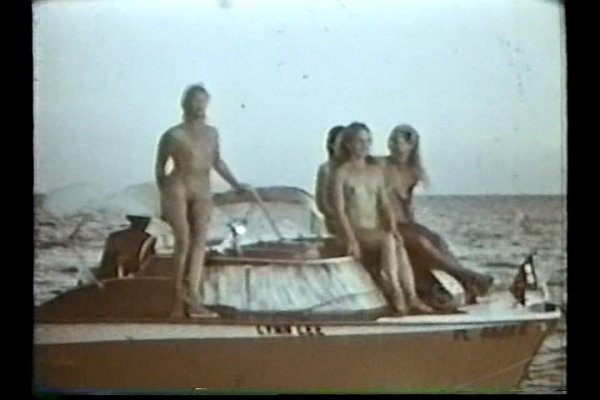 Nude on the Florida Keys (family nudism, family naturism, young naturism, naked boys, naked girls)