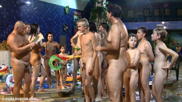 Water and art contest 2  (family nudism, family naturism, young naturism, naked boys, naked girls)